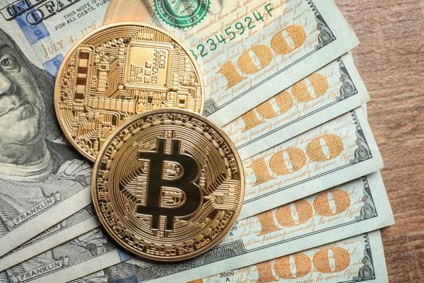 Страховой гигант США купил биткоинов на 100 млн долларов