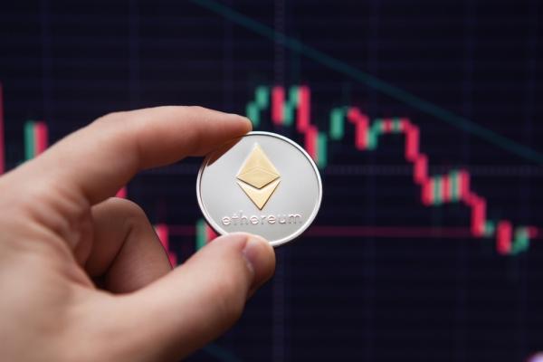 Цифровой актив Ethereum достиг 1000 долларов